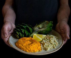Alcachofa, hummus y granizo