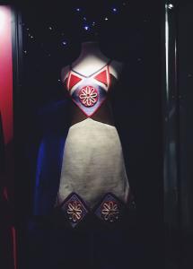 La moda autóctona de Marco Correa en el Museo de la moda