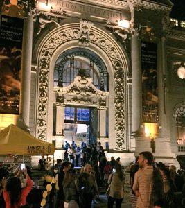 Museos de medianoche (MDMN) experiencia urbana en torno a la cultura