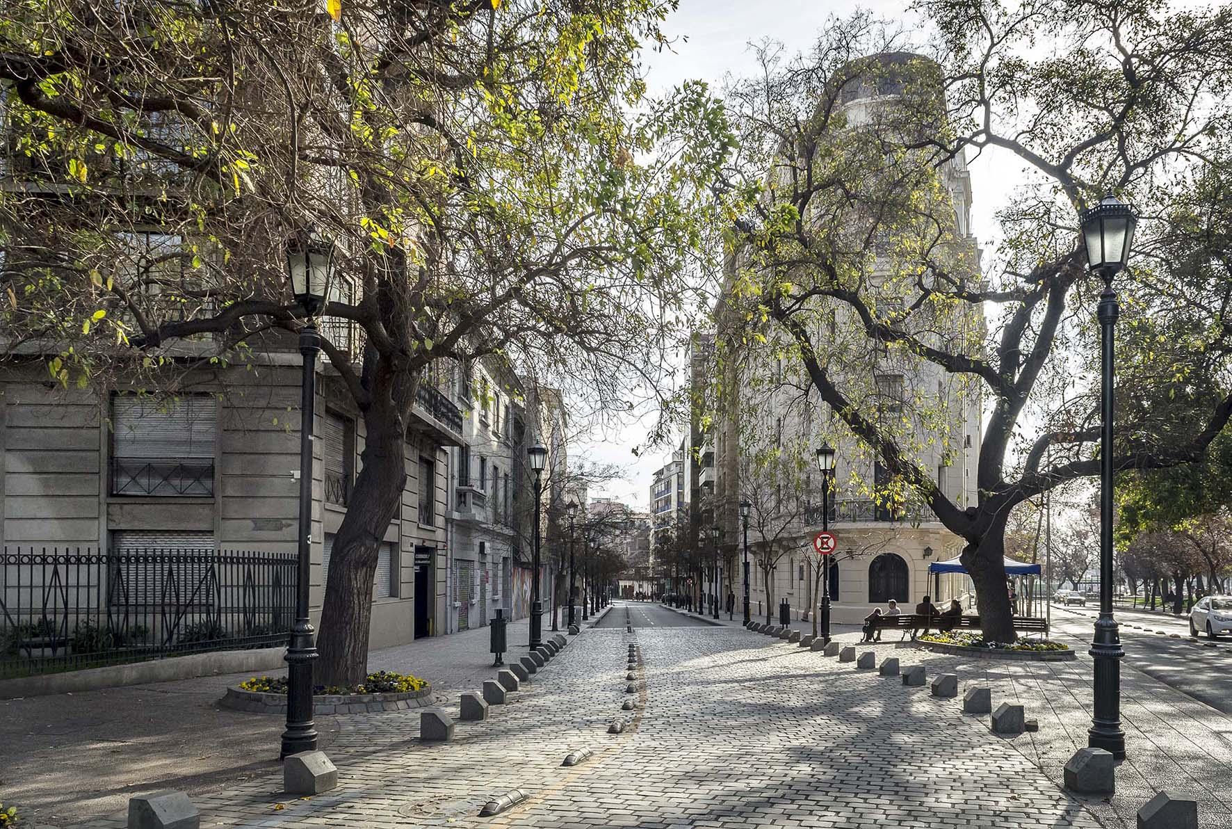 Barrio Esmeralda: El Triángulo Innovador Del Centro De Santiago